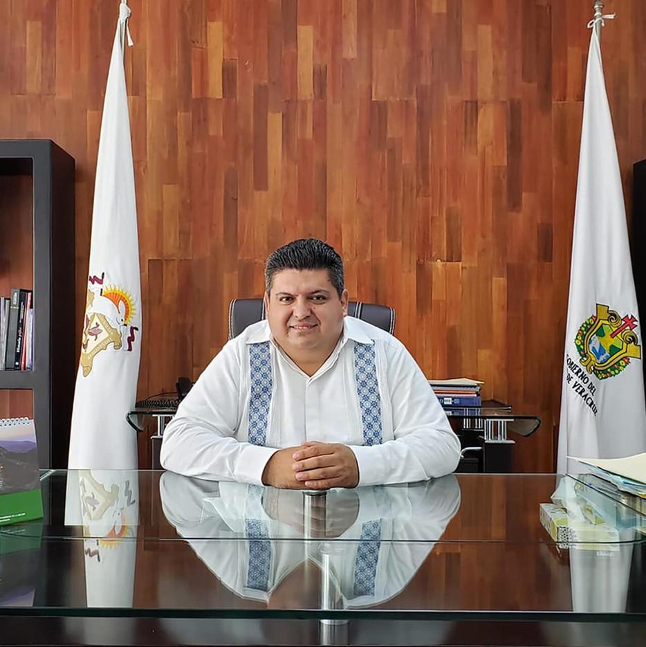 Tuxpan y sus habitantes merecen un buen presente y un mejor futuro: Toño Aguilar