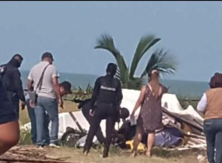Avioneta se desploma en playas de Tecolutla, Veracruz.
