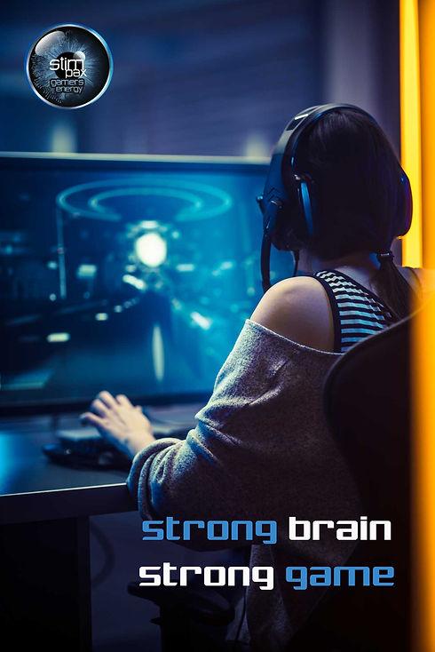 Frau nutzt Stimpax Gaming Booster für Höchstleistung beim Gamen