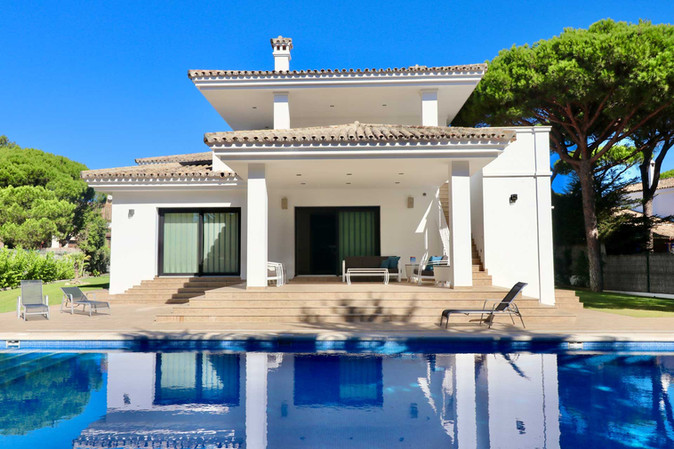 house-view-from-pool.jpg