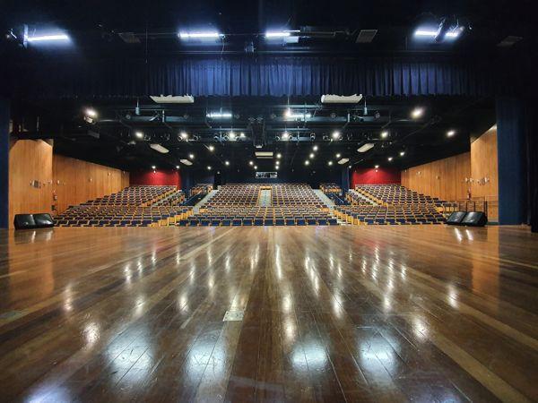 Teatro Eva Wilma.jpg