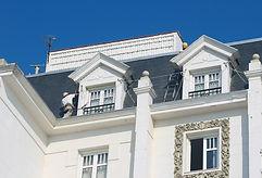 mantenimiento de casetones de hoteles y edificios públicos, trabajos en alturas en santander torrelavega