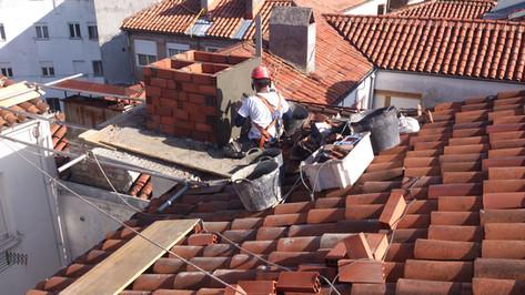 Reparación de chimenea en Torrelavega.