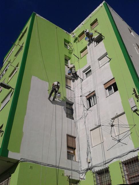 Reparación de fachadas en Santander.
