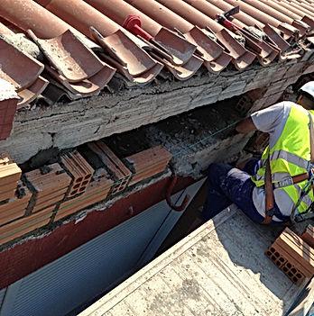 reparación de edificios pequeñas obras de albañilería e impermeabilización en torrelavega santander