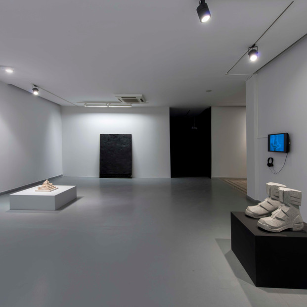 Restless Monuments, installation view
