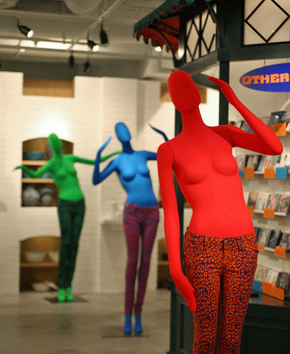 Mannequins that convey the unabashedly vibrance of pop art.