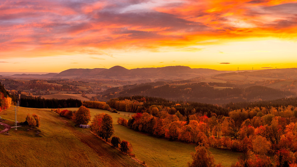 východ slunce z rozhledny Eliška, Žacléř