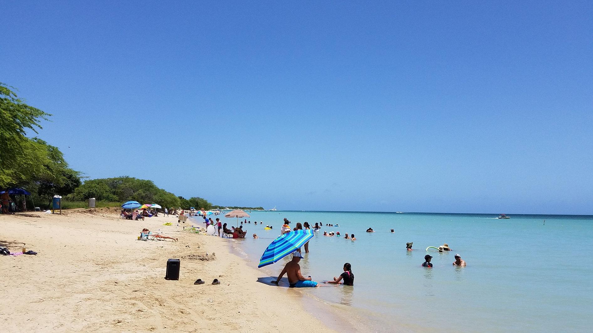 Combate beach resort cabo rojo puerto rico for Villas koralina combate cabo rojo