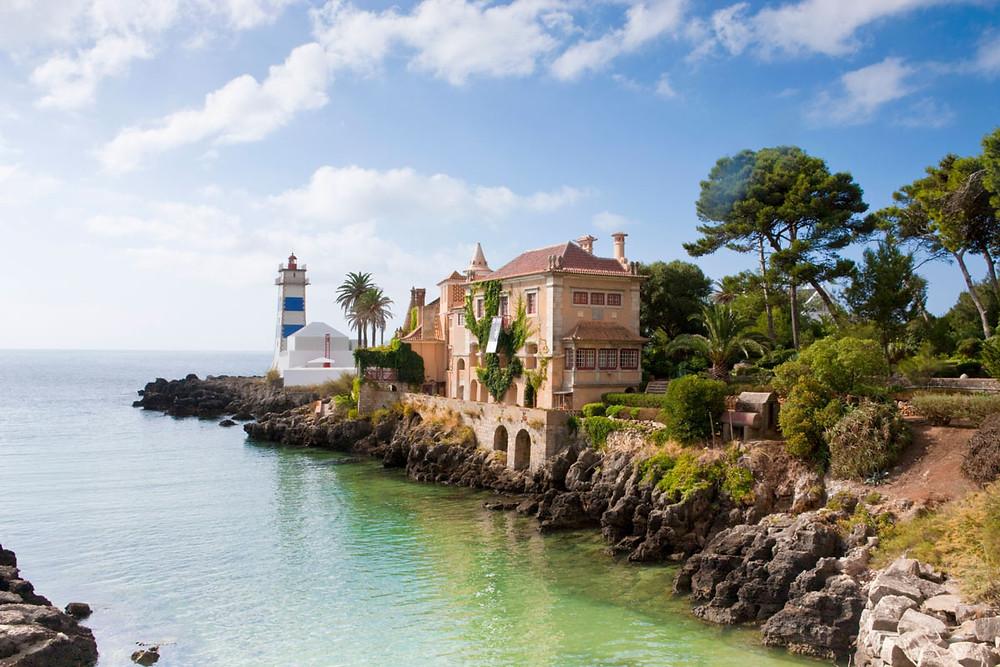 Museo de los Condes y Faro de Santa Marta. Fuente: www.traveler.es