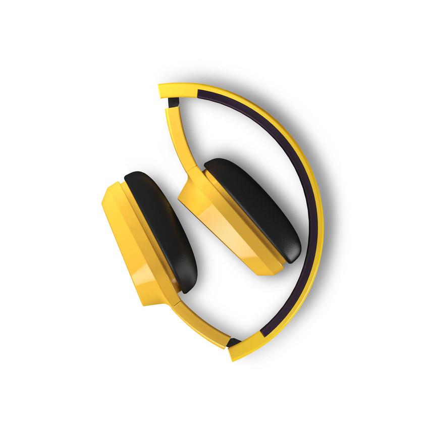 Estos coloridos auriculares de diseño urbano se adaptan gracias a su diadema extensible y sus almohadillas con sistema de rotación de 10 grados. Son ligeros y plegables. El cable de audio es su elemento diferencial. Tiene micrófono incorporado para poder atender llamadas sin sacar el smartphone del bolsillo y también dispone de un práctico botón multifunción. (12,90€)