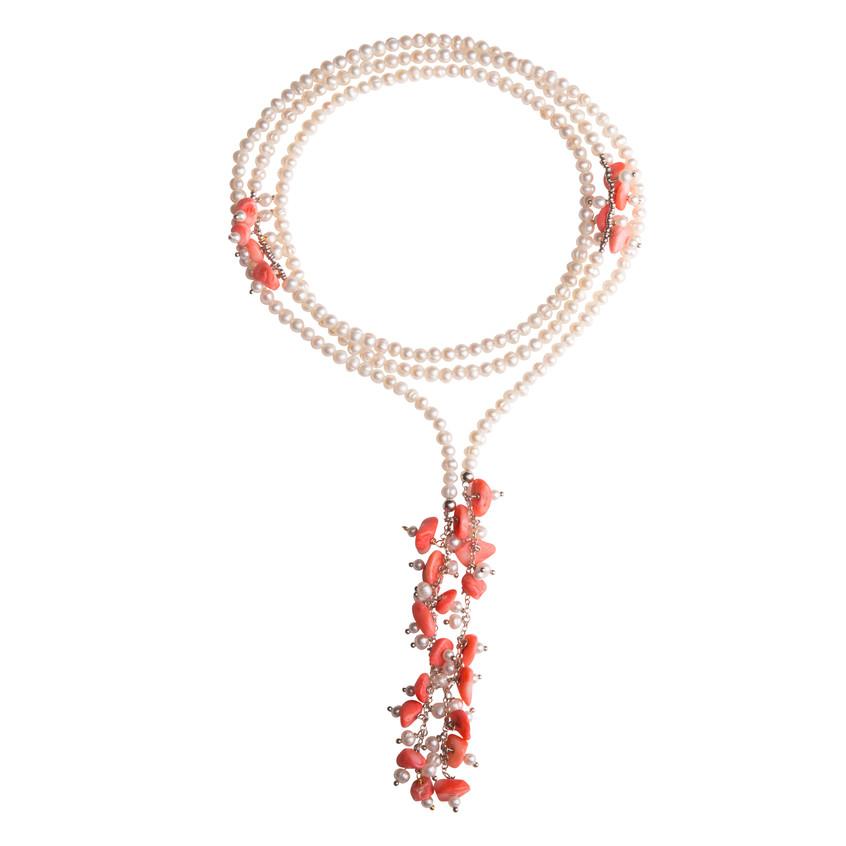 Collar de perlas y concha de coral en plata (125€)