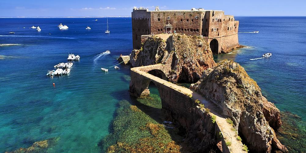 Isla de Berlenga, Peniche. Fuente: www.soleilpeniche.com