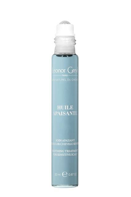El Huile Apaisante de Leonor Greyl es ideal para este cometido y calma el cuero cabelludo sensible. (32€)