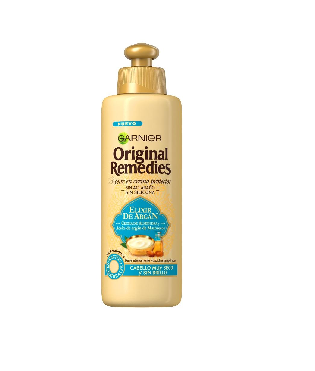 Combina el poder del aceite de argán. La textura cremosa y suave de Elixir de Argán, sin siliconas, envuelve el cabello de raíz a puntas. A la vez cálido y ligero, el perfume de Elixir de Argán te transportará a  Marruecos en cada lavado. Resultado: nutrido intensamente, el cabello recobra suavidad y disciplina. Resplandeciente de belleza y más fácil de peinar, recobra su vitalidad. En definitiva, un ritual cremoso y nutritivo para un pelo naturalmente suave, suelto y lleno de vida. (3,30€)