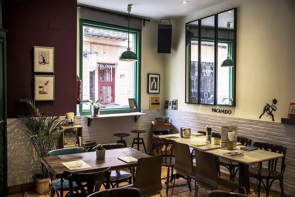 Macanudo Bar Espacio Arte Madrid