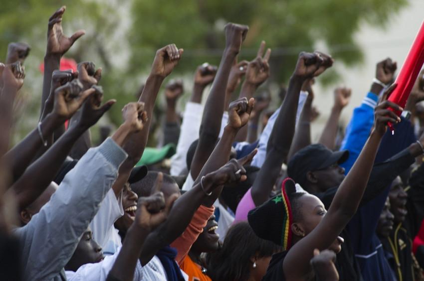 Dictatorship vs Democracy- A Debate for Africa