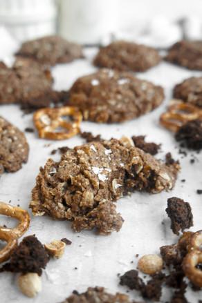Peanut Butter Pretzel Brownie Swirl Cookies