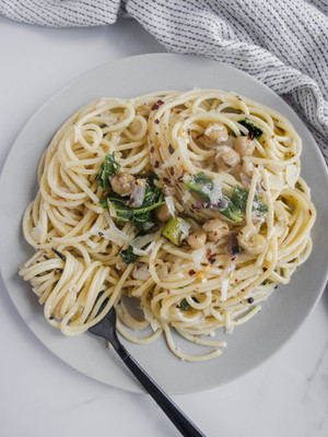 Chickpea and Kale Pasta