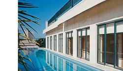 swimming pool on the roof, tel aviv