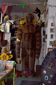 The Peculiarium was a compact collection in Portland of all things mysterious and macabre, watched over by a full-sized Bigfoot.
