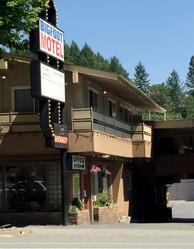 bigfoot motel 1.jpg