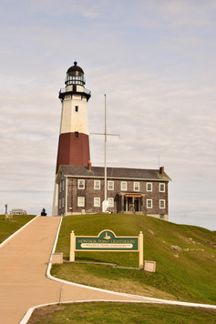 To begin, Indy-Anna went to the Montauk Lighthouse.