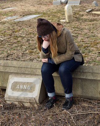 Before she left, Indy Anna took a moment to relate on the sad fate of a once beatiful space.