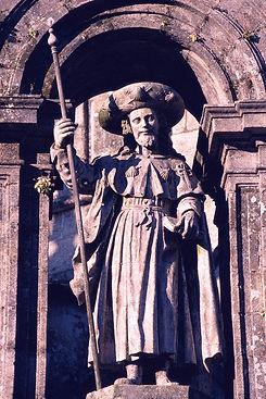 st-james-stone-statue-1000.jpg