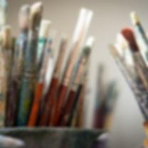 brushes-4226688_1920_edited.jpg