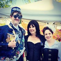 The Baron with two local steampunk authors!