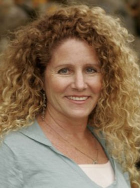 Soleil Hepner, C-IAYT offering Embodied Mindfulness Therapy for Trauma, Pain, Stress in San Diego and online