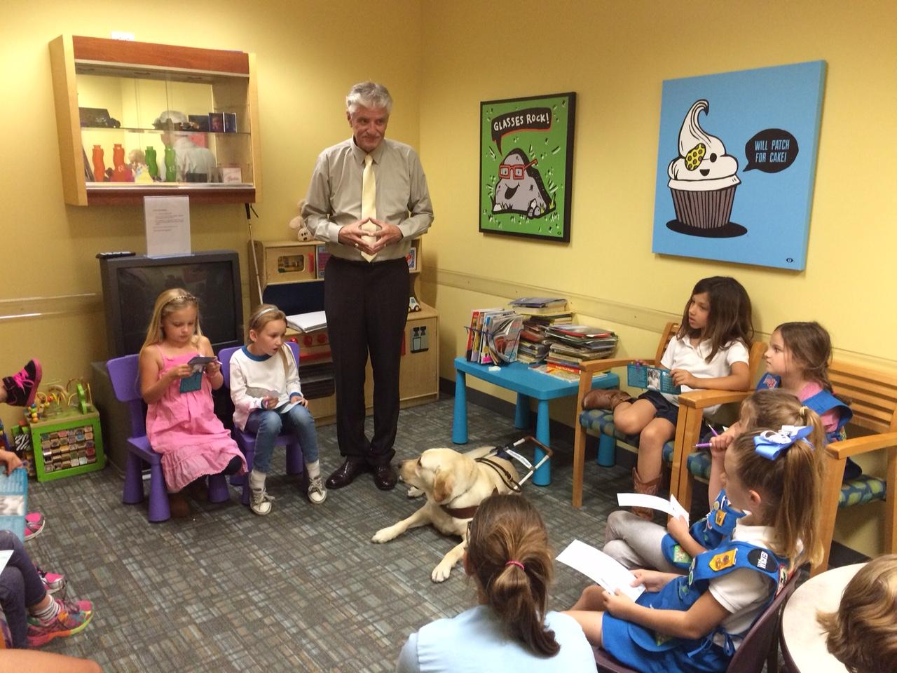 Wayne Heidle giving a childrens talk
