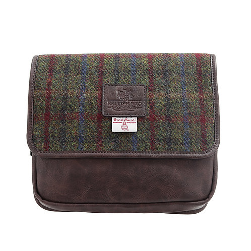 Breanais Harris Tweed PU Hanging Washbag