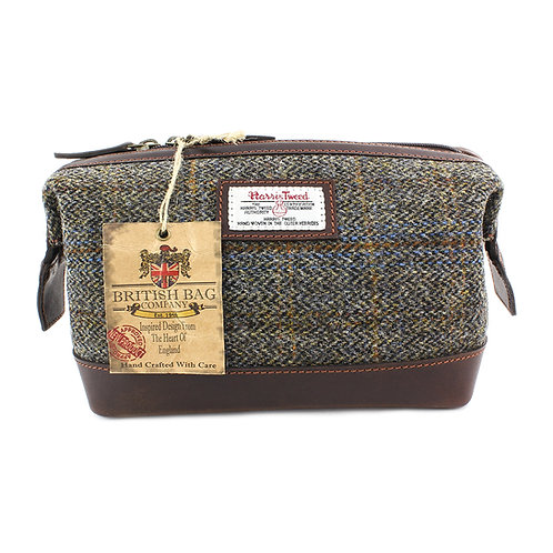 Carloway Harris Tweed Leather Washbag Front View