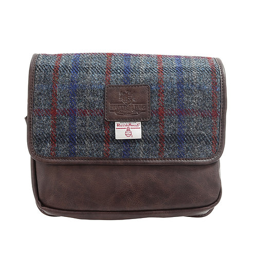 Finsbay Harris Tweed PU Hanging Washbag