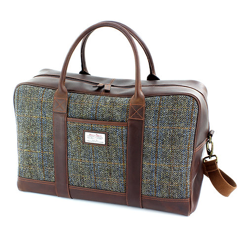 Carloway Harris Tweed Leather Holdall Front View