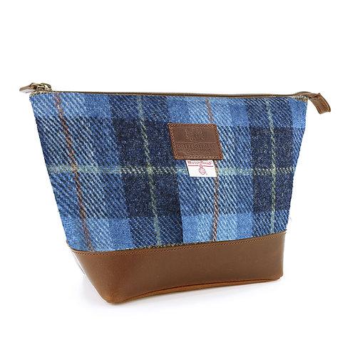 Castlebay Harris Tweed Washbag
