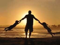 Ko fotr ostane sam z otrokoma…