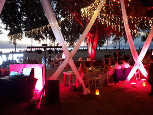 Rex Smeal Park Port Douglas wedding.jpg