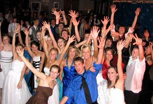 School-dance-Cairns-1.jpg