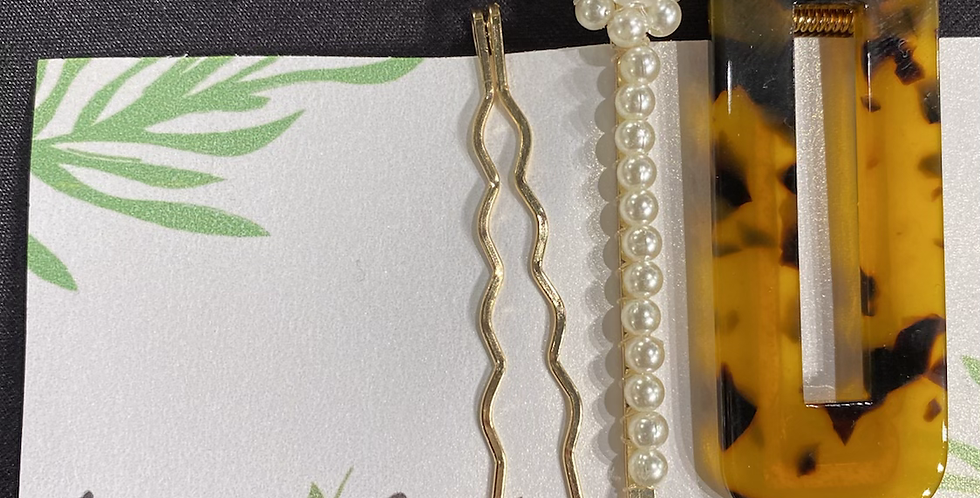 Tortoise Print Pearl and Gold Clip Set