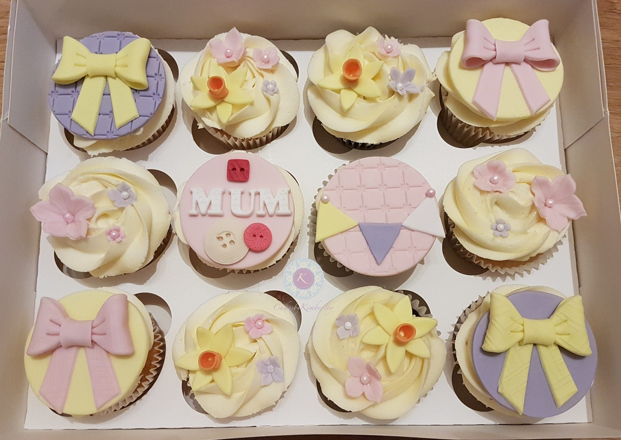 cupcakes - mothers day pastel