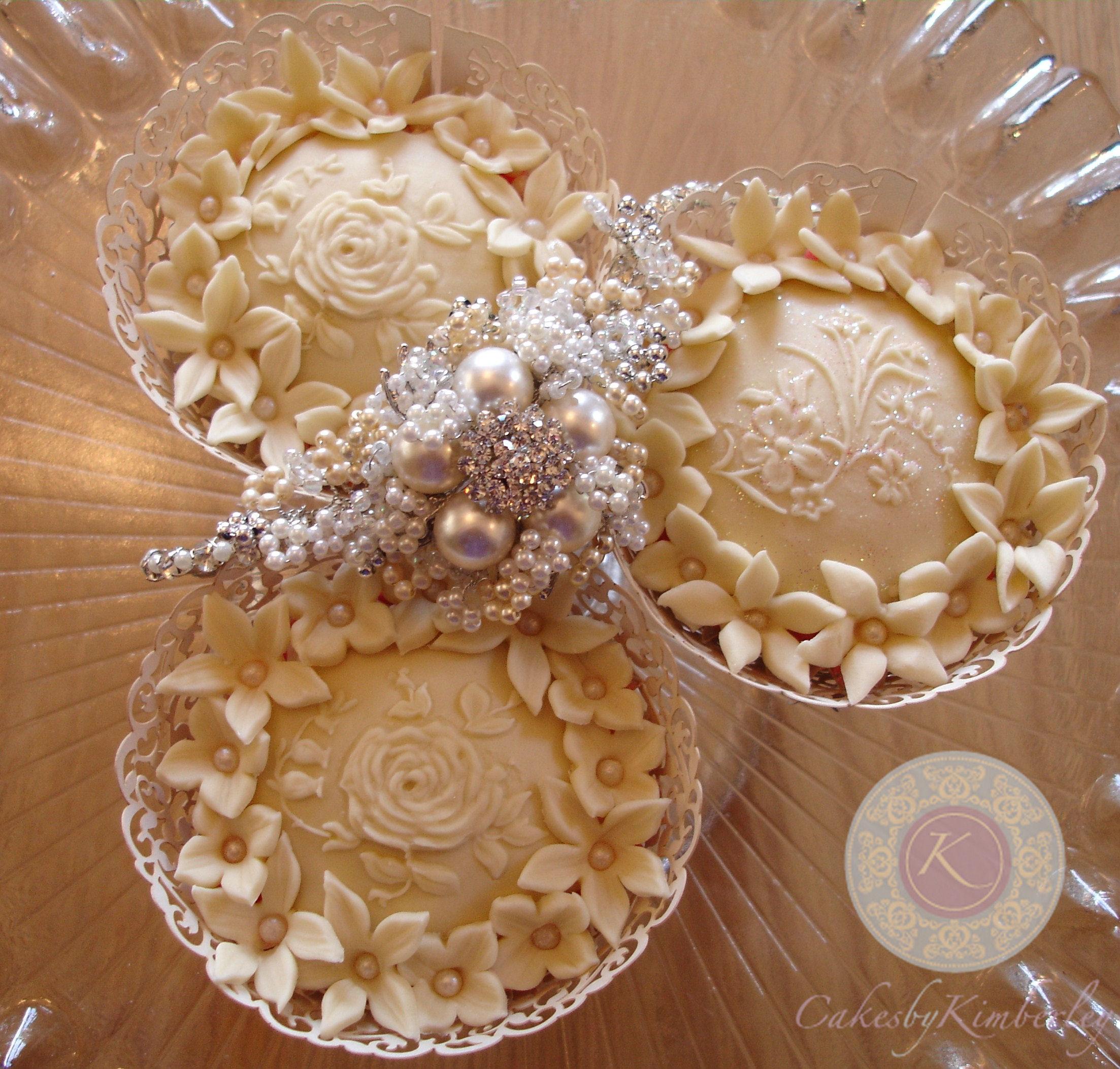 wedding+cupcakes.jpg