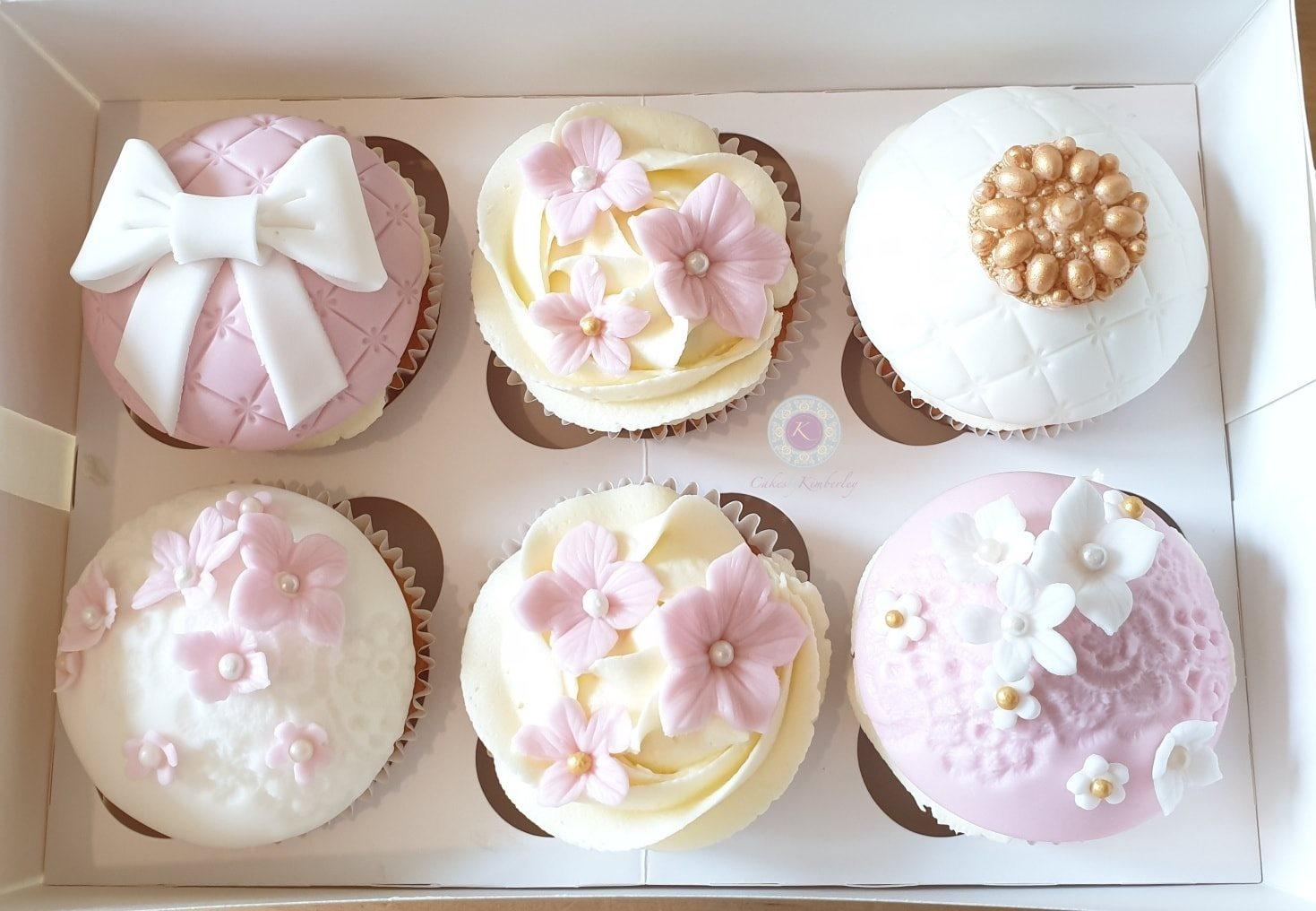 Cupcakes - 79th Vintage