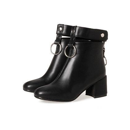 Bottines en Cuir Anneau Talons 6cm Leather Boots