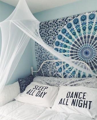 2 Housses de Coussin Dance All Night Sleep All Long