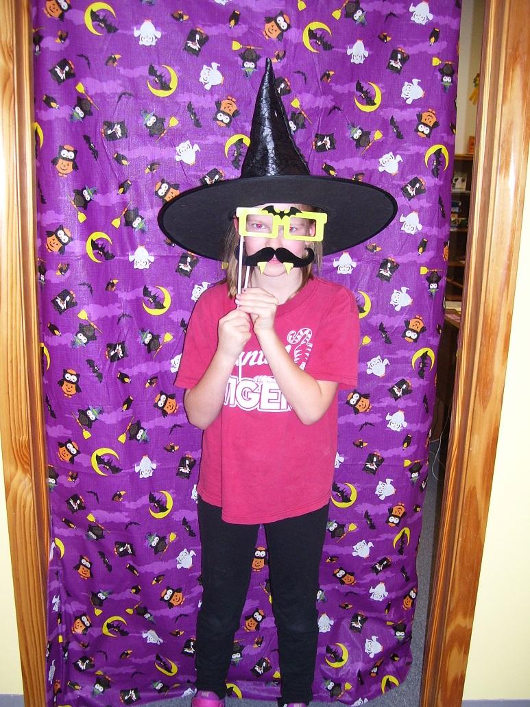 2016 halloween party 12