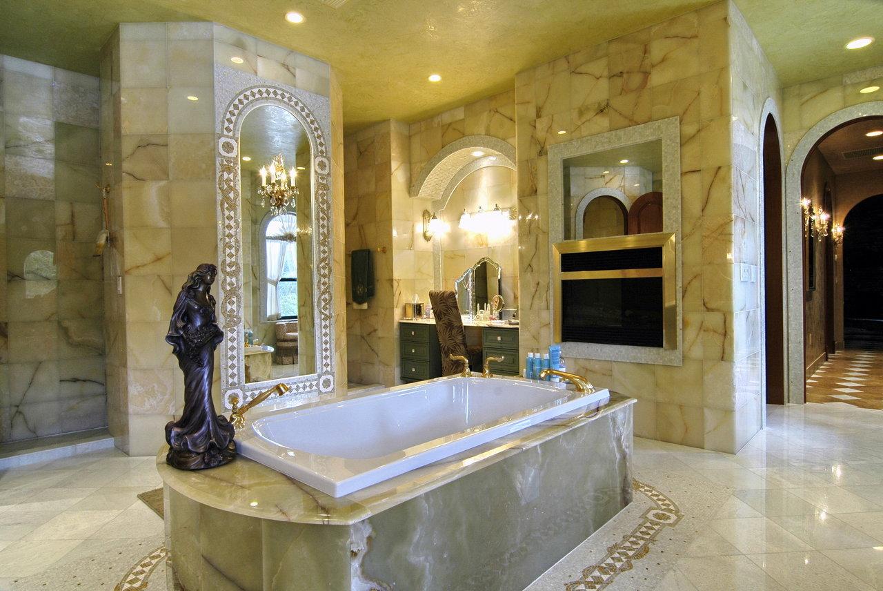 Venice Ranch Bathroom 1.jpg