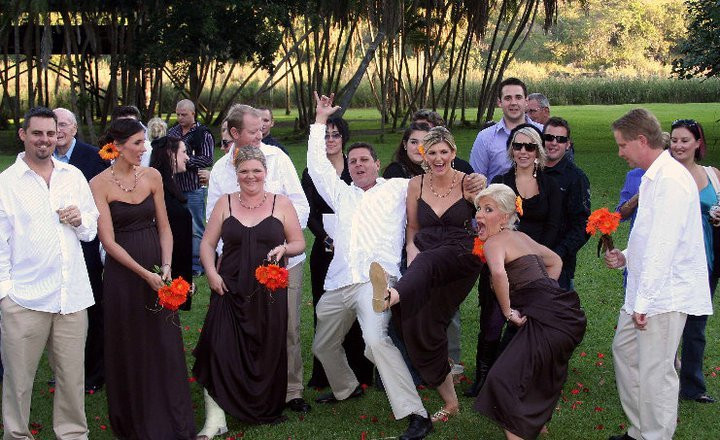 the+mad+grooms+men+and+bridesmaids.jpg